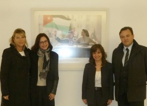 Eng. A. Lavarello, Mrs. M.G. Zanotti and Mrs. C. Villeda with Mrs. Haifa Al-Attia, CEO of Queen Rania Foundation in Jordan